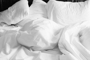 מה משפיע על השינה שלכם בלילה